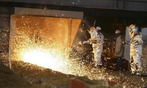 El hierro se recupera, pero proyectos siguen estancados
