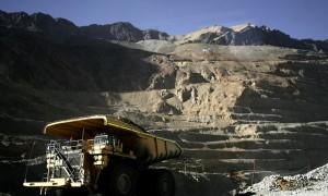 Codelco espera al gobierno para definir plan de inversión 2014