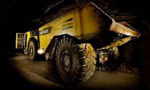 Camion Atlas Copco minería subterránea 01