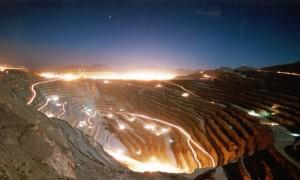 """Bachelet: """"La energía ya no es un nudo para el desarrollo minero en Chile"""""""