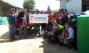 La comitiva solidaria de Metso estuvo integrada por 8 trabajadores de la compañía. (Foto: Metso)