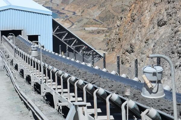 Expertos coinciden en que se ha visto una disminución en la oferta de correas transportadoras por la falta de proyectos mineros. (Foto: Antofagasta Minerals)
