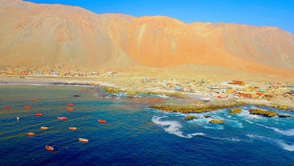 En Caleta San Marcos, Iquique, se pondrá en marcha la central Espejo de Tarapacá. (Foto: Valhalla)