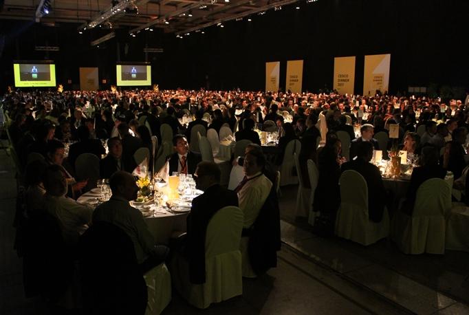 Cerca de 1.800 invitados participaron de la vigésima edición de la tradicional Cena Cesco. (Foto: Revista NME)