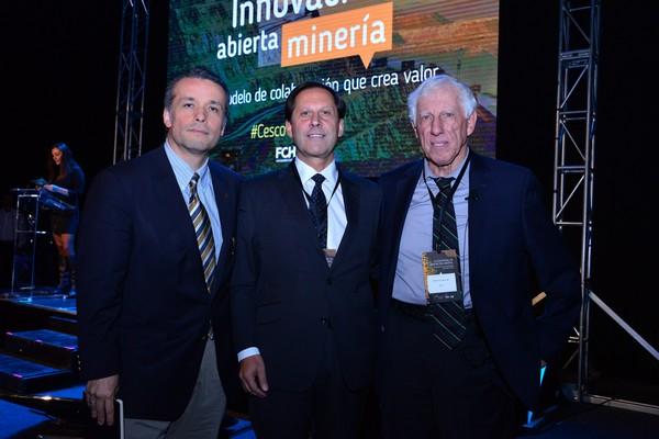 ócar Landerretche, Iván Arriagada y Patricio Meller, durante el evento realizado en el marco de la Semana Cesco 2017. (Foto: FCh)