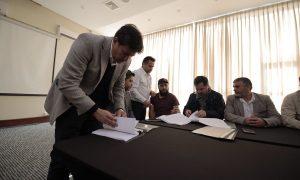Escondida y Sindicato firman nuevo contrato colectivo poniendo fin al conflicto